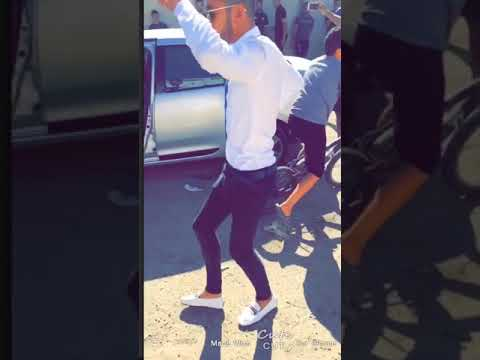 جزائري يرقص zouhire bahaoui( decapotable ) thumbnail