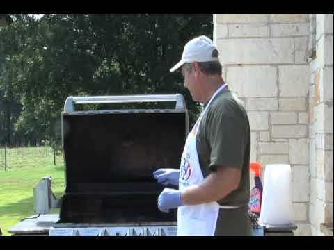 Cleaning Your Grill for the Winter