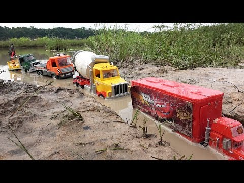 Construction Vehicles Toys crossing deep Water with Trucks, Dump Truck, Tractor Loader, Cement Mixer