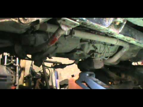 Watch likewise Harley Davidson Transmission Drain Plug Location additionally How To Check Automatic Transmission Fluid 121187 also T Fluid Level Check 13733 also 502808 My Transmission 3. on transmission dipstick location