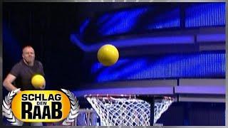 Spiel 5: Karussell-Ball - Schlag den Raab
