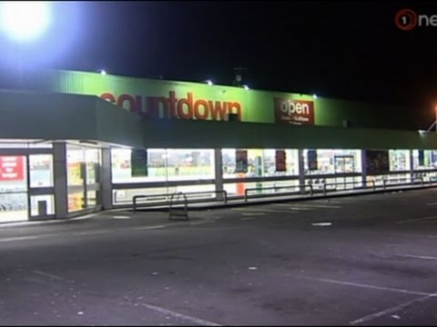 Raw: Damage in Wellington After Powerful Quake