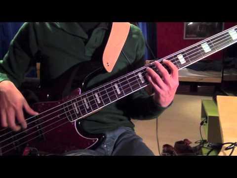 Blur - Song 2 Main Riff Bass Tutorial