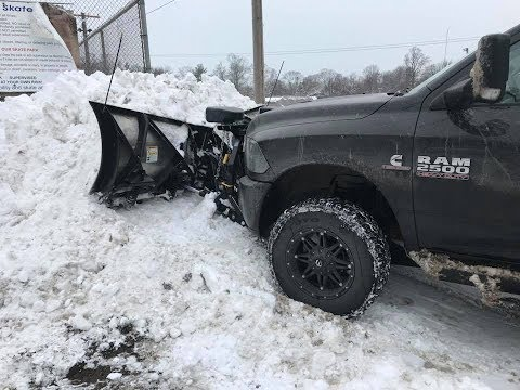 """20"""" Lake Effect Storm Cleanup - Heavy & Wet Snow"""