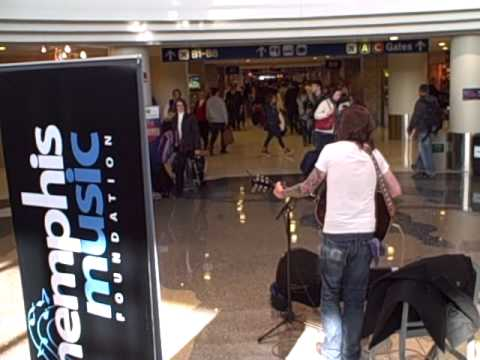 Jeremy Stanfill - Holiday music at Memphis International Airport
