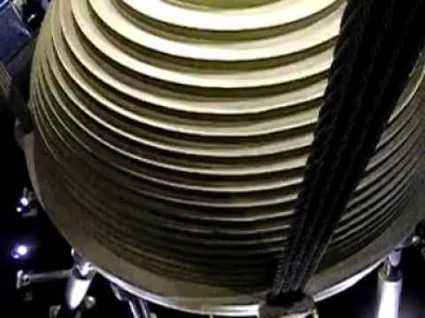 Taipei 101 tuned mass damper moving during earthquakes