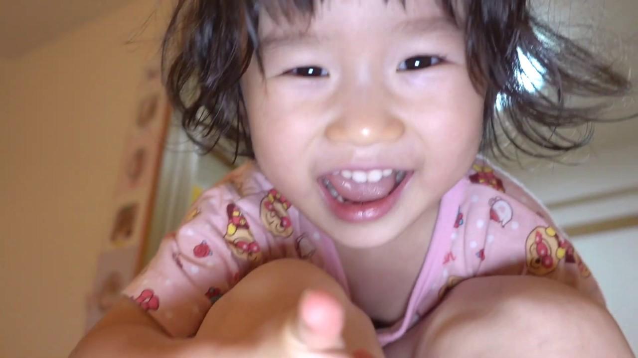 まこちゃんは幼稚園公園の動画をとにかく見て欲しいらしい