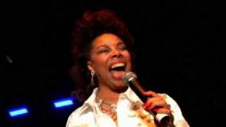 Millie jackson live  - i wish it would rain down- great moment of pleasure