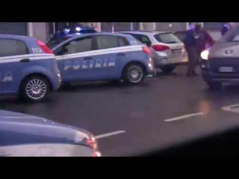 Incredibile Incidente stradale tra auto della polizia a San donato Milanese