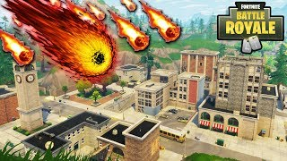 """NEW """"Tilted Towers"""" METEOR DESTROYING THE MAP RIGHT NOW!! TILTED HIT BY METEORS LIVE! (Fortnite)"""
