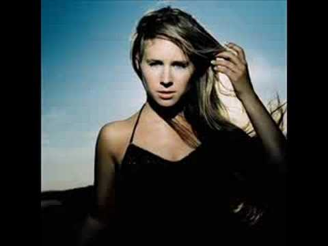 Lucie Silvas - Might Be Wrong
