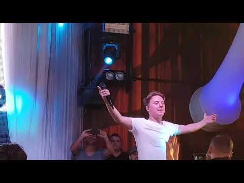 Connor Maynard Live despacito in Dortmund