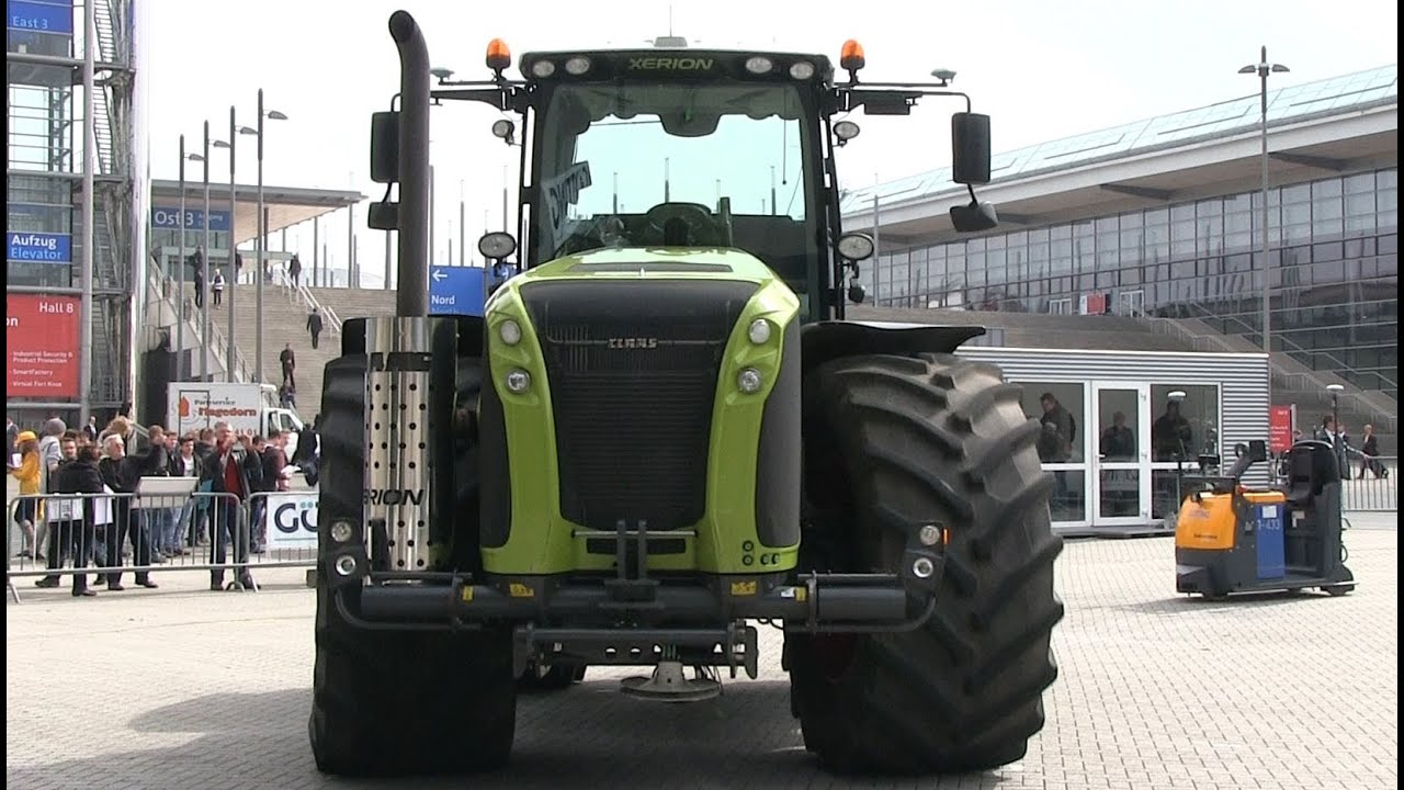 claas xerion 5000 als autonomes fahrzeug gps gesteuert youtube. Black Bedroom Furniture Sets. Home Design Ideas