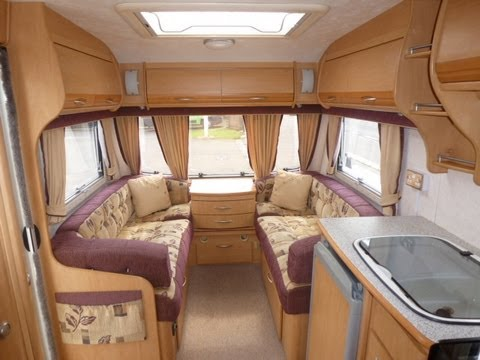 2 3 4 Berth 2005 Coachman Vip 530 4 Fixed Bed Touring