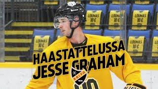"""""""Omaan hyvän liikkeen ja tykkään tukea hyökkäyksiä"""" - haastattelussa Jesse Graham"""