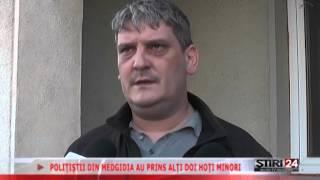 POLIŢIŞTII DIN MEDGIDIA AU PRINS ALŢI DOI HOŢI MINORI 17 04 2015 Media TV Medgidia