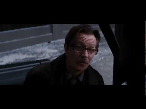 The Dark Knight Rises - Batman Carries the Bomb (HD) IMAX