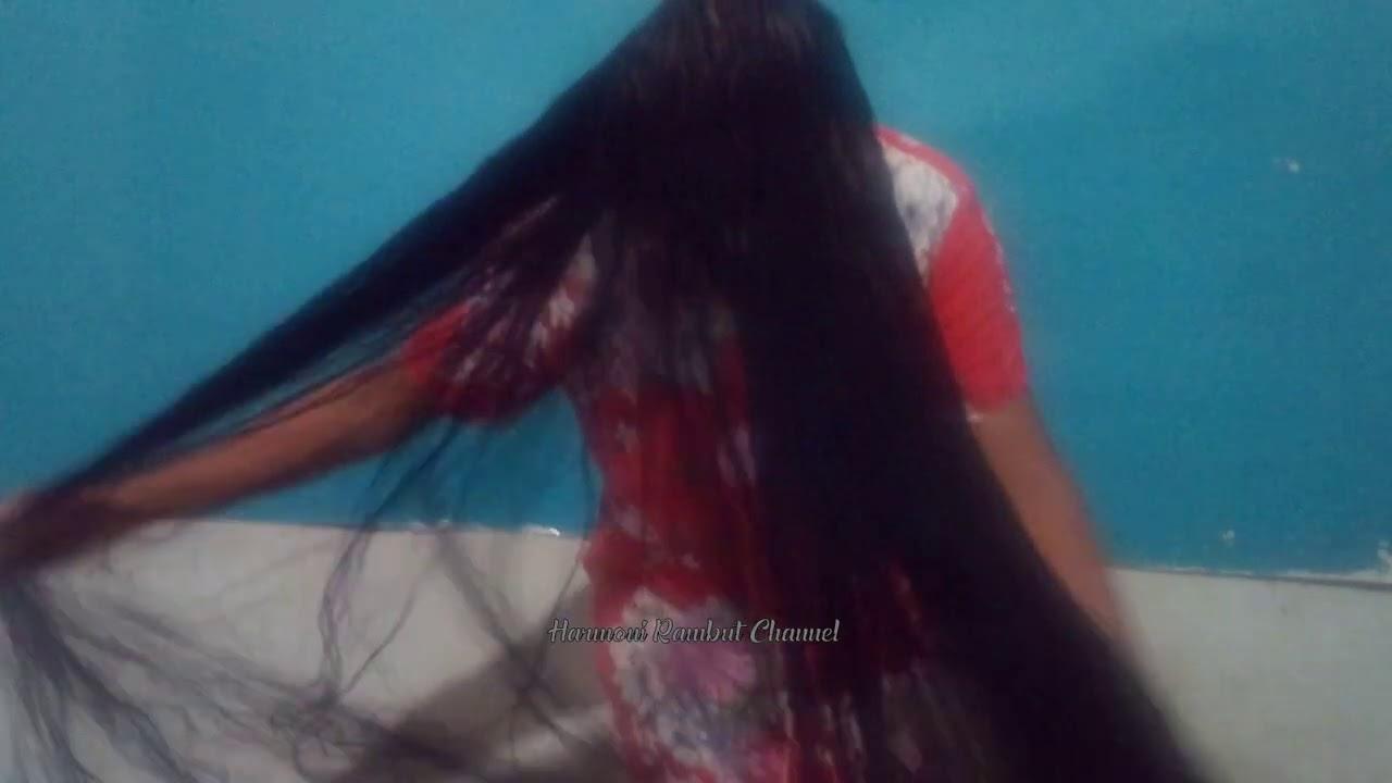 Combing very long hair