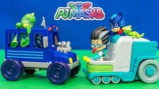 PJ MASKS Romeo Lab Vehicle and Night Ninja Bus Toys Unboxing