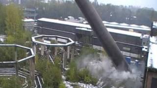 Cama - 15 10 2009 - Wyburzenie 100m żelnetowego komina na terenie Huty Kościuszko w Chorzowie