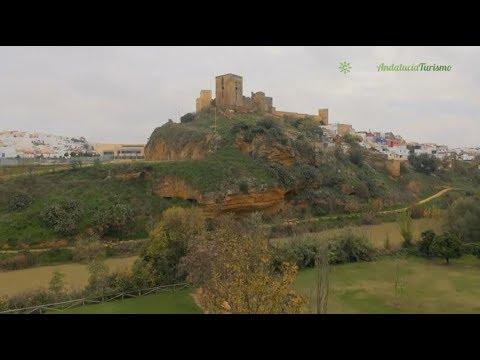 El castillo de alcal de guada ra sevilla youtube - Piscina cubierta alcala de guadaira ...