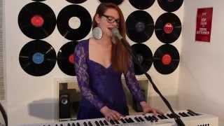 Turn me on - Norah Jones - LIVE Sarah Reeve Cover