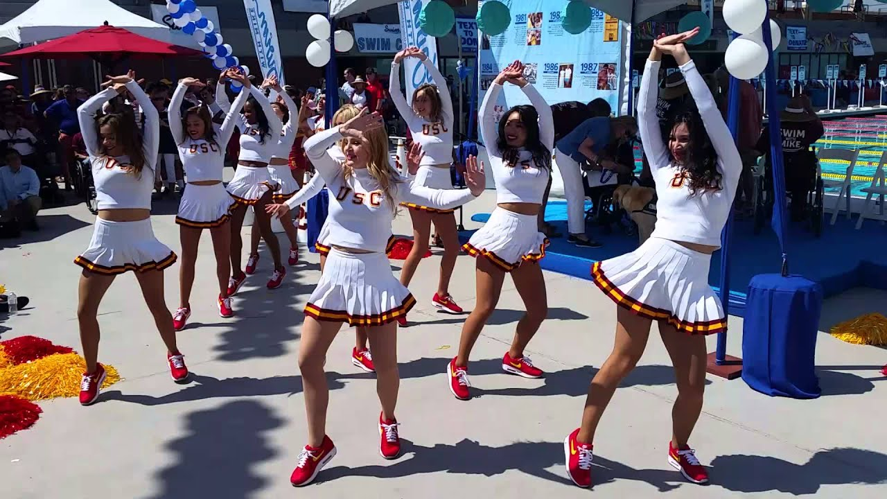 Usc song girls incredible routine youtube sciox Image collections