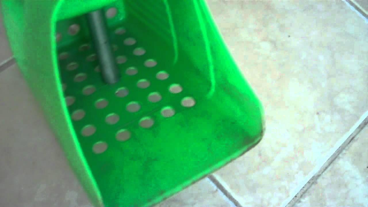 how to use a sand flea rake