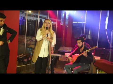 Xece Herdem ( Ahmet Kaya ) Sensiz Yaşayabilmerem Yandırdın Kalbimi Azerbaycan ... #Van Konseri
