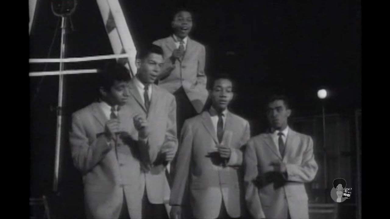 Frankie Lymon & The Teenagers - Love Put Me  Outta My Head