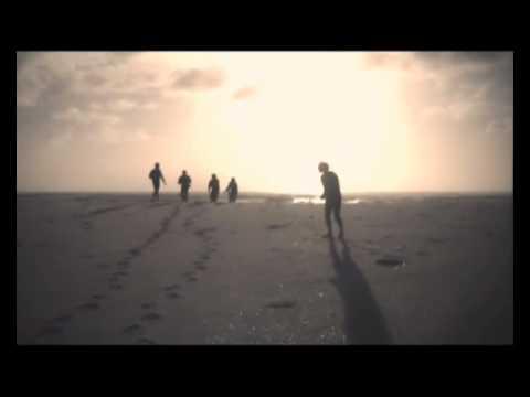 Die Heuwels Fantasties - Sonrotse (Amptelike Musiek Video)