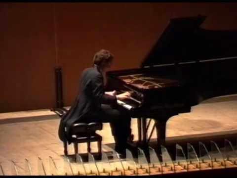 Pogorelich plays Mussorgsky: Pictures at an exhibition.