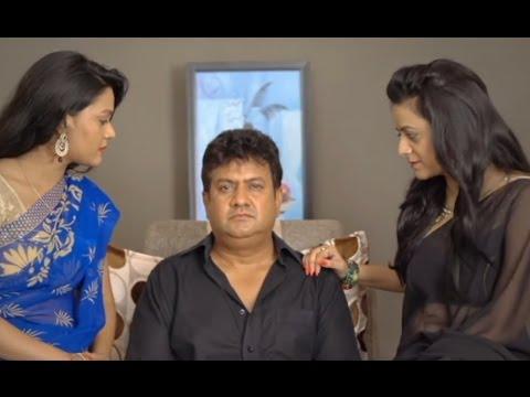 Vibrating Mobile troubles duplicate Gullu Dada in Coma - Stepney 2 Returns Movie Scenes