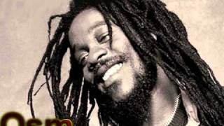 Download lagu Dennis Brown - Here I Come