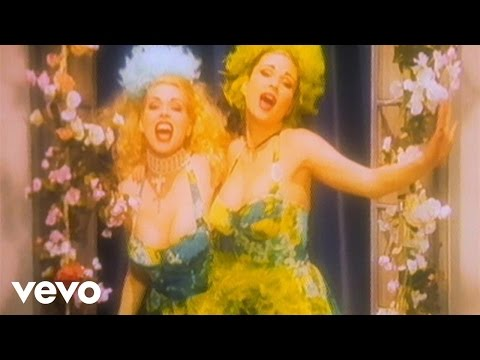 Клип Army Of Lovers - La Plage De Saint Tropez