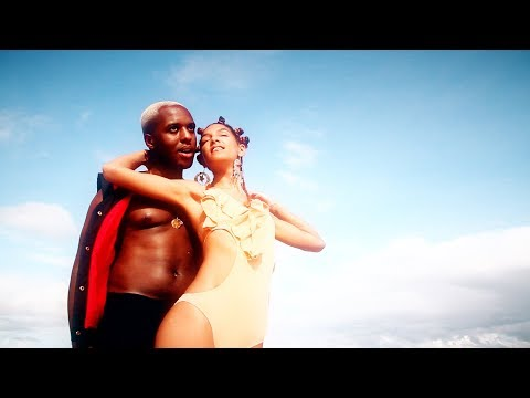 chewii---lazy-love-day-(official-music-video)