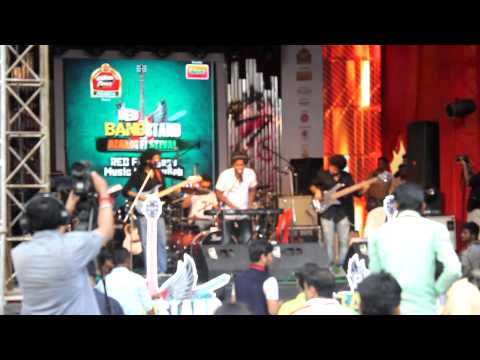 TAMALnTRIP - Parbe Na Chute Live at RED Fm Bandstand
