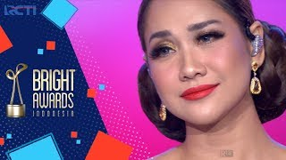 Bright Awards Indonesia 2017   Bcl hatiku Masih Milikmu Jera  06 Desember 2017