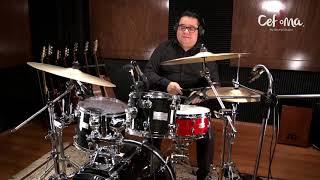 José Pérez, profesor de batería.
