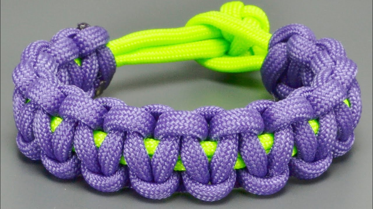 21cm. A SINGLE COLOUR 550 PARACORD BRACELET