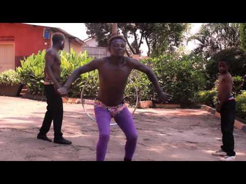 King Kong MC dancing To Djmaleeq- Sikyategeera ft Ghetto Kids Triplets, Mugie Beng, Cas CasV thumbnail