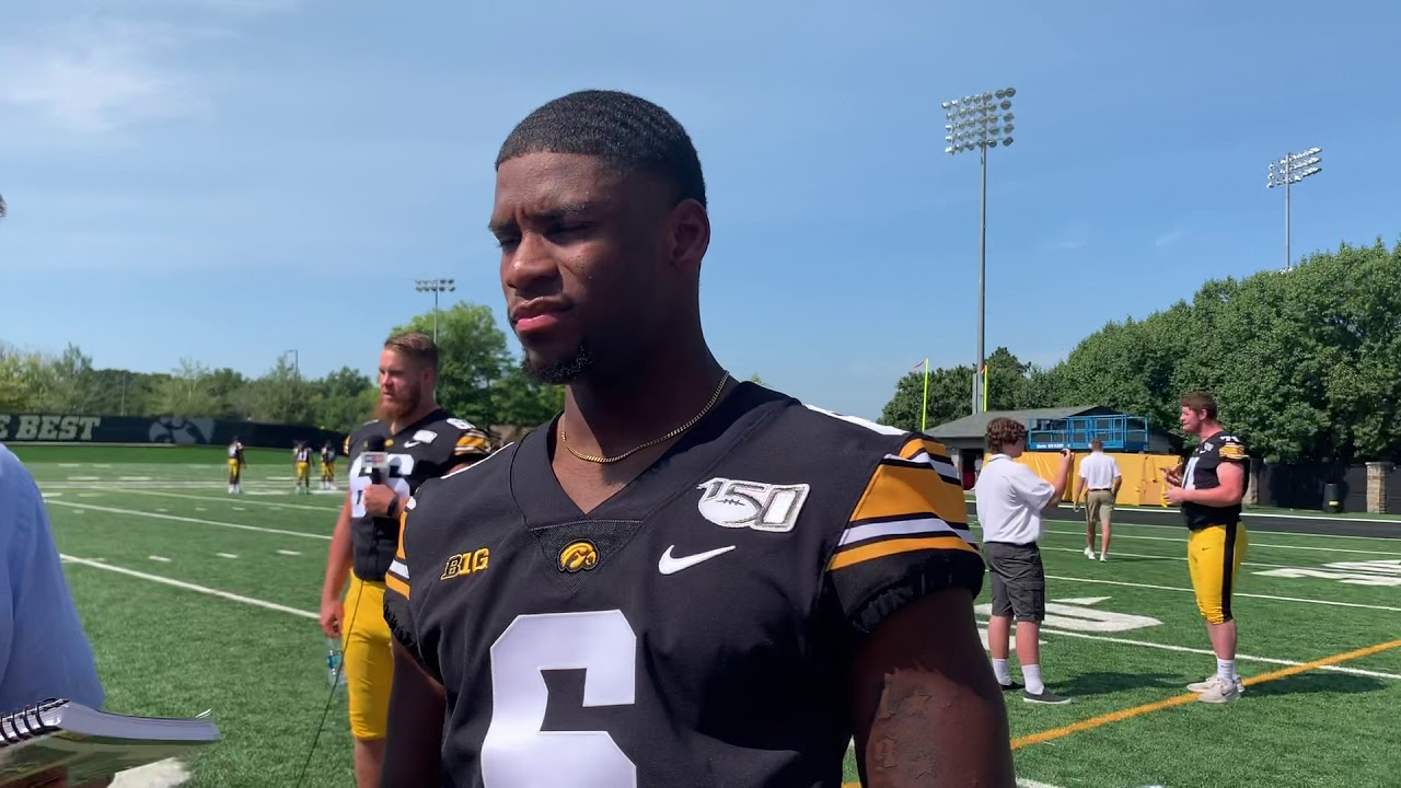Iowa football: Oliver Martin's first Hawkeye catch goes for a touchdown