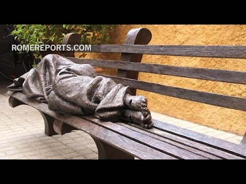 'Homeless Jesus:' the new statue installed in the Vatican