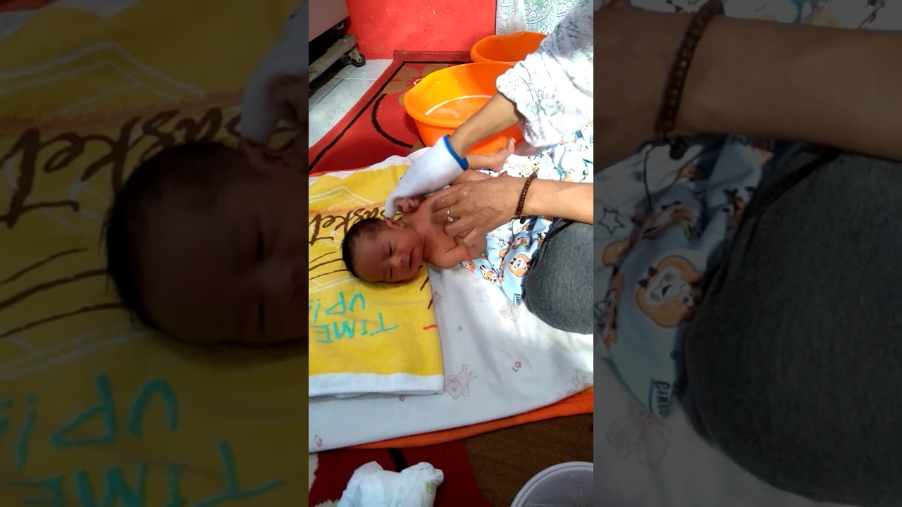 Cara Memandikan Bayi Baru Lahir - YouTube