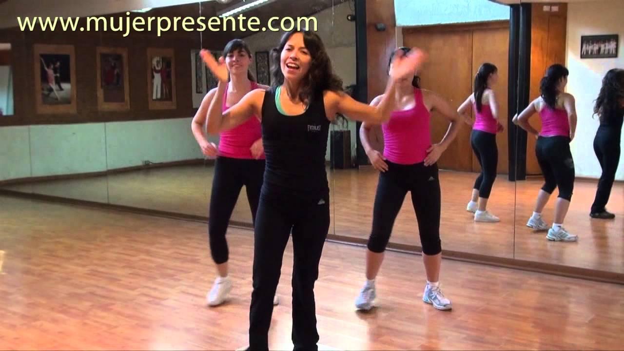 Bailoterapia para bajar de peso en casa