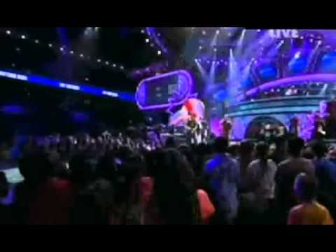 Big Time Rush & Snoop Dogg Preform 'Boyfriend' on Kids Choice Awards 2011_(360p).flv