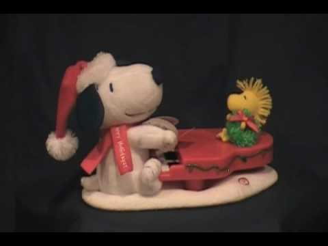 2009 Swingin With Snoopy - Ornaments4Less