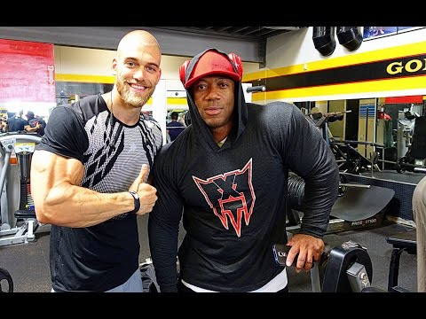 GOLDS GYM STORIES | SHAWN RHODEN'S ANSAGE AN KEVIN LEVRONE | #217