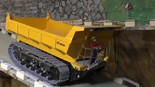 RC MACHINES AT WORK, RC BAUMASCHINEN BEI DER ARBEIT