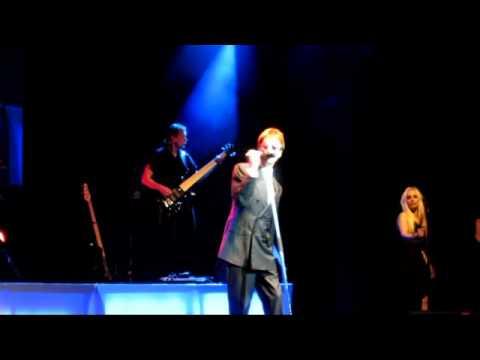 Robin Gibb - Heartbreaker [Live in Warsaw 2011]